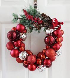 Ghirlande natalizie fai da te foto idee originali decorazioni natalizie ingresso casa camino finestre interni esterni carta feltro lana sughero legno