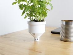 Read more on http://fichier3d.fr/ #3dprinting campbell planter agustin flowalistik upcycling recyclage impression 3D cults 3D fichier 3D 3
