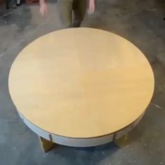 This extending table