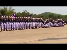 Soldiers exhibit incredible choreography during military parade to the sound of The Final Countdown - YouTube