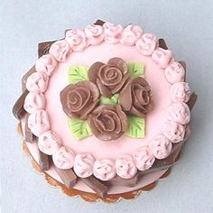 Dollhouse Miniature gateau - Chocolate and pink by Blue Kitty Miniatures, via Flickr