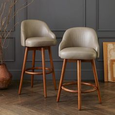 Saddle Leather Bar + Counter Stools