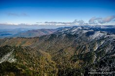 The view from The Jumpoff in the Great Smoky Mountains National Park is a mix of fall color and winter snow. Great Smoky Mountains, Winter Snow, Mount Rainier, Cool Pictures, National Parks, Fall, Photography, Travel, Fotografie