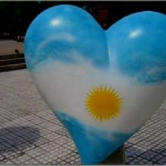 Heart the colors of Argentina's flag Argentina Culture, Argentina Flag, I Love Heart, Where The Heart Is, My Love, Air Balloon, Balloons, Balloon Release, Heart In Nature