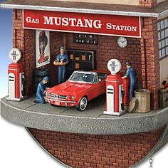 Ford Mustang Garage Cuckoo Clock - detail