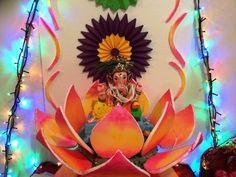 Ganpati Decoration Ideas at Home Elegant Decorative Items with thermocol Eco Friendly Ganpati Decoration, Ganpati Decoration Design, Mandir Decoration, Ganapati Decoration, Diwali Decorations, School Decorations, Backdrop Decorations, Flower Decorations, Thermocol Craft
