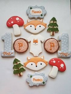 First Birthday Cookies, 1st Boy Birthday, Boy Birthday Parties, Sugar Cookies, Cookies Et Biscuits, Fox Cookies, Fox Cake, Baby Shower Cookies, Cookie Decorating