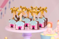 1.9 Carousel Birthday Parties, Circus Birthday, Cool Birthday Cakes, 2nd Birthday Parties, Funny Birthday, Circus Party Decorations, Carnival Themed Party, Birthday Cards For Girlfriend, Birthday Gifts For Her