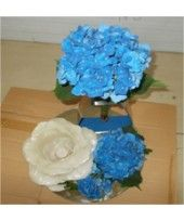 Exclusive Decor For All Events At Attractive Prices With Flowerzncakez.Com