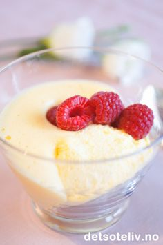 Yoplait is a delicious gluten free yogurt with a wide selection of yogurt flavors. Learn more about Yoplait yogurts and Go-Gurt yogurt nutrition today. Pudding Desserts, Dessert Recipes, Cheesecakes, Greek Yogurt Cheesecake, Great Recipes, Favorite Recipes, Tapas, Sweet Tooth, Food And Drink