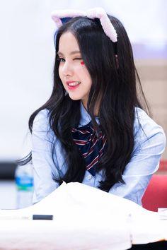 G-Friend EunHa Gfriend Profile, Jung Eun Bi, G Friend, Hot Dress, Girl Costumes, Pop Fashion, Kpop Girls, Idol, Korea