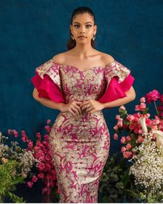 afrikanische frauen 40 Latest African Fashion Dresses 2019 : Styles to Look Cool and Fashionable African Lace Styles, Short African Dresses, African Print Dresses, Short Gowns, African Style, African Prints, African Fabric, Best African Dress Designs, African Print Wedding Dress