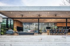 Image 24 of 37 from gallery of BT House / Estudio Jorgelina Tortorici Arq. Photograph by Alejandro Peral Atelier Architecture, Modern Architecture, Raised House, Concrete Structure, Ground Floor Plan, Home Upgrades, Architect House, Tropical Houses, My House