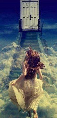 Un giorno anch'io varchero' quella porta e tu sarai li ad aspettarmi. Ti amerò sempre