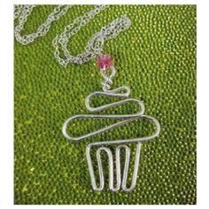 Wire cupcake pendant