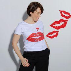 Tricouri Dama | Alisia Enco T Shirt, Tops, Women, Fashion, Supreme T Shirt, Moda, Tee Shirt, Fashion Styles, Fashion Illustrations