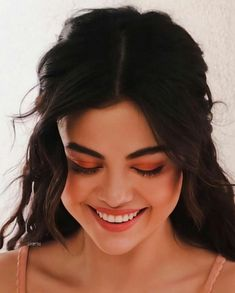 selena gomez icons | Tumblr Selena Gomez Photoshoot, Selena Gomez Cute, Look At Her Now, Jennifer Aniston Style, Marie Gomez, Beautiful Celebrities, Beautiful Women, Hair Beauty, Hollywood