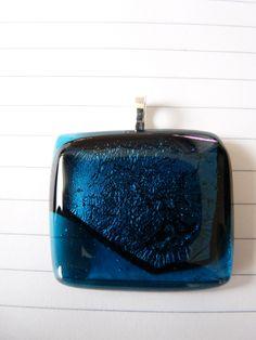 hanger met blauw glas