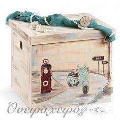 """VESPA"" σετ βάπτισης με Ξύλινο Μπαούλο ζωγραφισμένο στο χέρι Vespa, Christening, Storage Chest, Suitcase, Decorative Boxes, Drawings, Boys, Painting, Baptism Ideas"