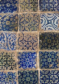 Patterned blue and white tiles at Abakh Hoja Tomb, Burial Place Of Muhatum Ajam, Kashgar, Xinjiang, China Tile Patterns, Textures Patterns, Color Patterns, Print Patterns, Bleu Indigo, Tuile, Mosaic Tiles, Tiling, Delft