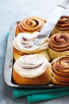 The Ultimate Cinnamon Rolls Baking Recipes, Dessert Recipes, Desserts, Dessert Bread, Sweet Bread, Cinnamon Rolls, No Bake Cake, Cookies Et Biscuits, Food Processor Recipes