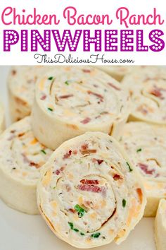 The ultimate make-ahead party appetizer, Chicken Bacon Ranch Pinwheels are super. Bacon Appetizers, Appetizers For A Crowd, Food For A Crowd, Appetizer Recipes, Meals For A Crowd, Kids Meals, Snack Recipes, Dessert Recipes, Cream Cheese Chicken