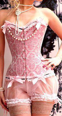 Corsets: Pink Brocade Burlesque Corset and Bloomers. Lingerie Plus Size, Lingerie Fine, Jolie Lingerie, Beautiful Lingerie, Pink Lingerie, Lingerie Underwear, Corset Sexy, Pink Corset, Burlesque Corset