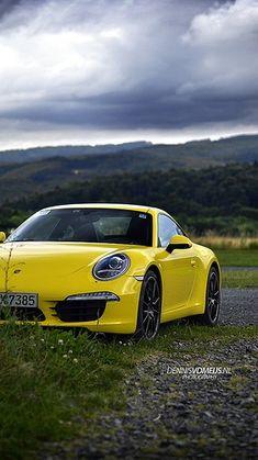 flat six 911 - yellow car
