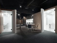 Spicebox Office is a minimalist interior located in Tokyo, Japan, designed by Nendo. The office space design for spicebox, a comprehensive digital agency that works across strategic planning, interactive promotion and creative digital marketing, and is part of the Hakuhodo stable. The firm's name symbolises the ability to deliver surprises and delight, like a variety of stimuli that come tumbling out of a box, so we placed seven box-shaped meeting rooms of differing sizes and finishes…