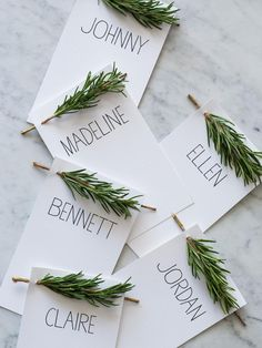 28 Stunning Winter Wedding Photos | From cozy fur dress cover-ups, to winter florals and decorations—these gorgeous ideas will make you want to get hitched in the cold.