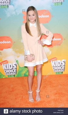 Download this stock image: Inglewood, CA. 12th Mar, 2016. Lizzy Greene at arrivals for Nickelodeon's Kids' Choice Awards 2016 - Arrivals 1, The Forum, Inglewood, CA March 12, 2016. © Elizabeth Goodenough/Everett Collection/Alamy Live News - FMTGA3 from Alamy's library of millions of high resolution stock photos, illustrations and vectors.