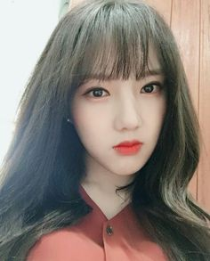 Why are you so pretty ! I can not stop staring at you '( Pink Nails Dolls Birthday Party Cake South Korean Girls, Korean Girl Groups, S Girls, Cute Girls, Staring At You, Dating Girls, Fandom, Entertainment, G Friend