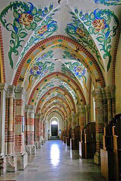 archway in krakow