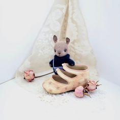 Miniature crochet cocoa bunny amigurumi bunny pocket от LozArts