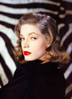 wehadfacesthen: Lauren Bacall, 1944 - I Treat Her Badly Vintage Hollywood, Golden Age Of Hollywood, Hollywood Stars, Classic Hollywood, Lauren Bacall, Classic Actresses, Hollywood Actresses, Classic Movies, Zombie Prom Queen