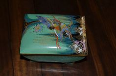 CARLTON WARE ART DECO LIDDED BOX SKETCHING BIRD TURQUOISE