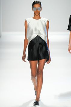 Osklen Spring 2014 Ready-to-Wear Collection Slideshow on Style.com