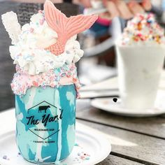 This Mermaid is calling my name! You can find this beauty in Fairhope, AL at The Yard Milkshake Bar. Cute Desserts, Delicious Desserts, Yummy Food, Milkshake Bar, Kawaii Dessert, Starbucks Recipes, Weird Food, Cafe Food, Aesthetic Food