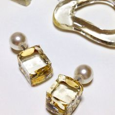 To know more about odetojoy 溶け出す、ピアス, visit Sumally, a social network that gathers together all the wanted things in the world! Resin Jewelry, Glass Jewelry, Jewelry Crafts, Jewelry Art, Jewelry Design, Women Jewelry, Handmade Accessories, Jewelry Accessories, Fashion Accessories