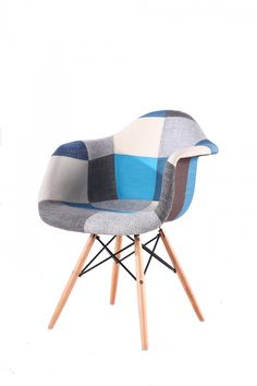 Scaun Orsay Blue Living si Bucatarie #homedecor #livingroom #livingroomdecor #interiordesign #inspiration #house #kitchen #colors #decoration Bassinet, Living Room Decor, Victoria, Dining, Interior Design, Chair, Blue, Furniture, Kitchen Colors