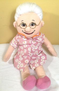 Baby Abuelita Grandmother Rosa Musical Spanish Singing Plush Doll Espanol In great used condition Has some gaps in her hair over all looks great See Pictures for condition comes with new batteries works great Plush Dolls, Musicals, Spanish, Singing, Games, Toys, Christmas, Fun, Baby