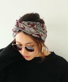 Scarf Hairstyles Short, Bobby Pin Hairstyles, Hairstyles Haircuts, Pixie Styles, Short Hair Styles, Hair Wrap Scarf, Turban Style, Scarf Styles, Hair Band
