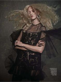 """""""Vanity Fair"""" Female Magazine Singapore October 2015"""