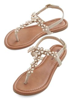 Sunny SoCal Weekend Sandal. Stepping onto the sand in your beige sandals, you savor the first stop on your tour of the Pacific Coast Highway! Size 8.5 new