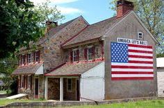 patriotic cute house possible??  Google Image Result for http://www.chestercountyimages.com/wp-content/uploads/2008/10/houseflag_edited.jpg
