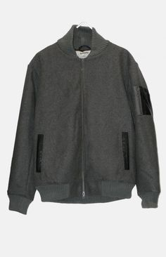 LAMAR from WeMoto is a classic bomber silhouette.