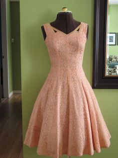 Butterflies and Daisys Vintage: Show and Tell: 1950's 'Young Modes by Claudia Young' Peach Lace Prom Dress