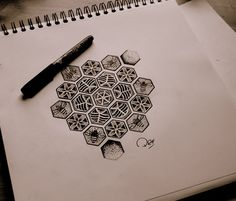 Coverup idea for ribs Bee Tattoo, Tattoo You, Tatoo Art, Tattoo Drawings, Beehive Drawing, Honeycomb Tattoo, 2 Logo, Cool Tats, Bee Art