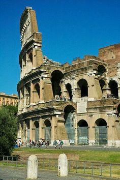 El Coliseo, parte baja. Roma Italia
