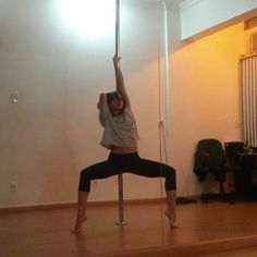 Cool, simple, leggy pole transitions.